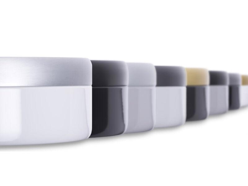 Katzentoilette aus Emaille