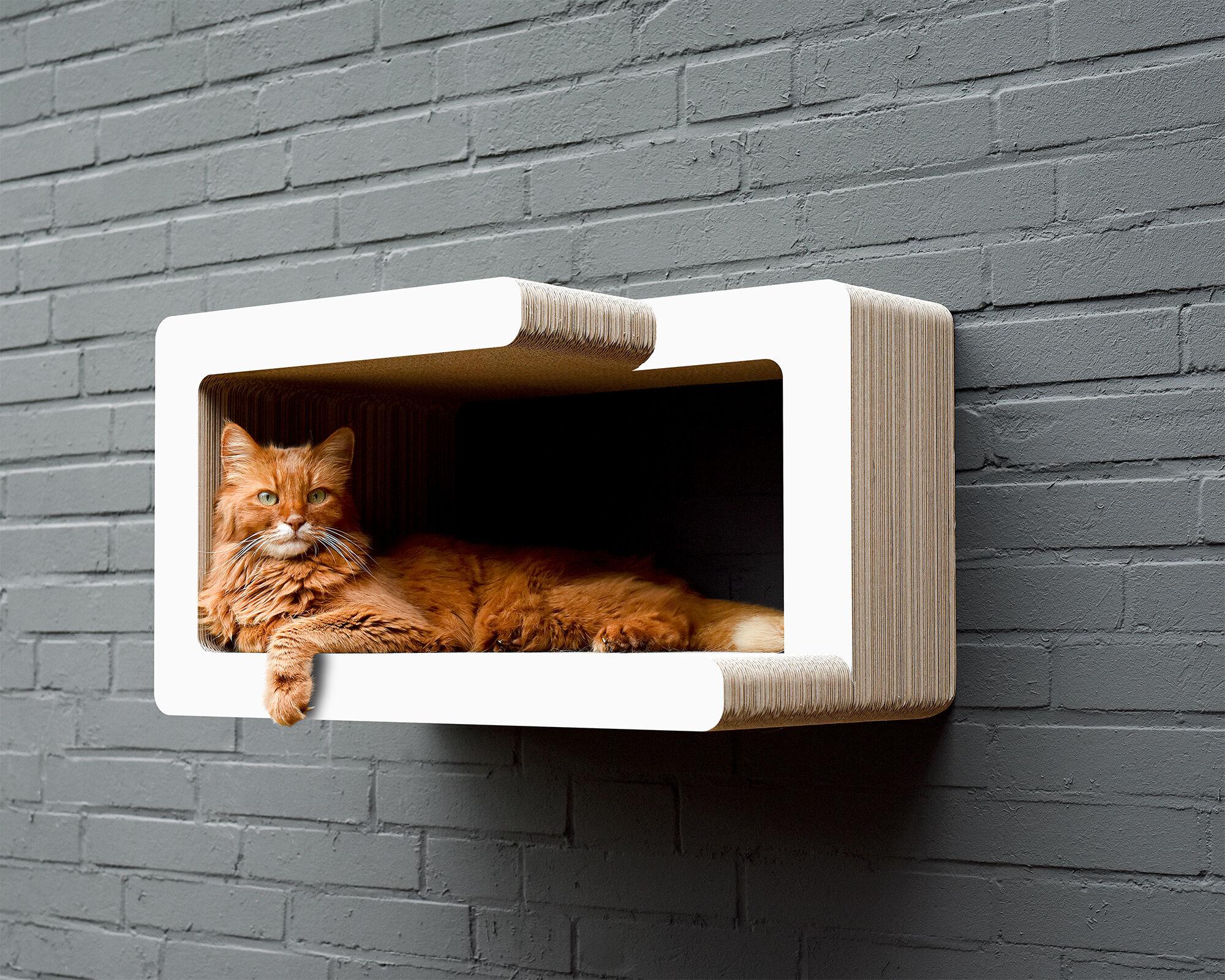KIO TADASHI Katzen-Wandkratzmöbel weiß