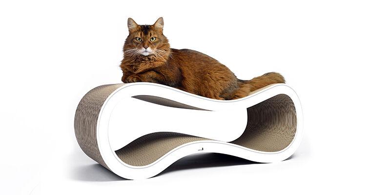 cat-on Kratzbäume und Kratzmöbel für Katzen bestehen aus umweltfreundlicher Wellpappe, regionale Herstellung