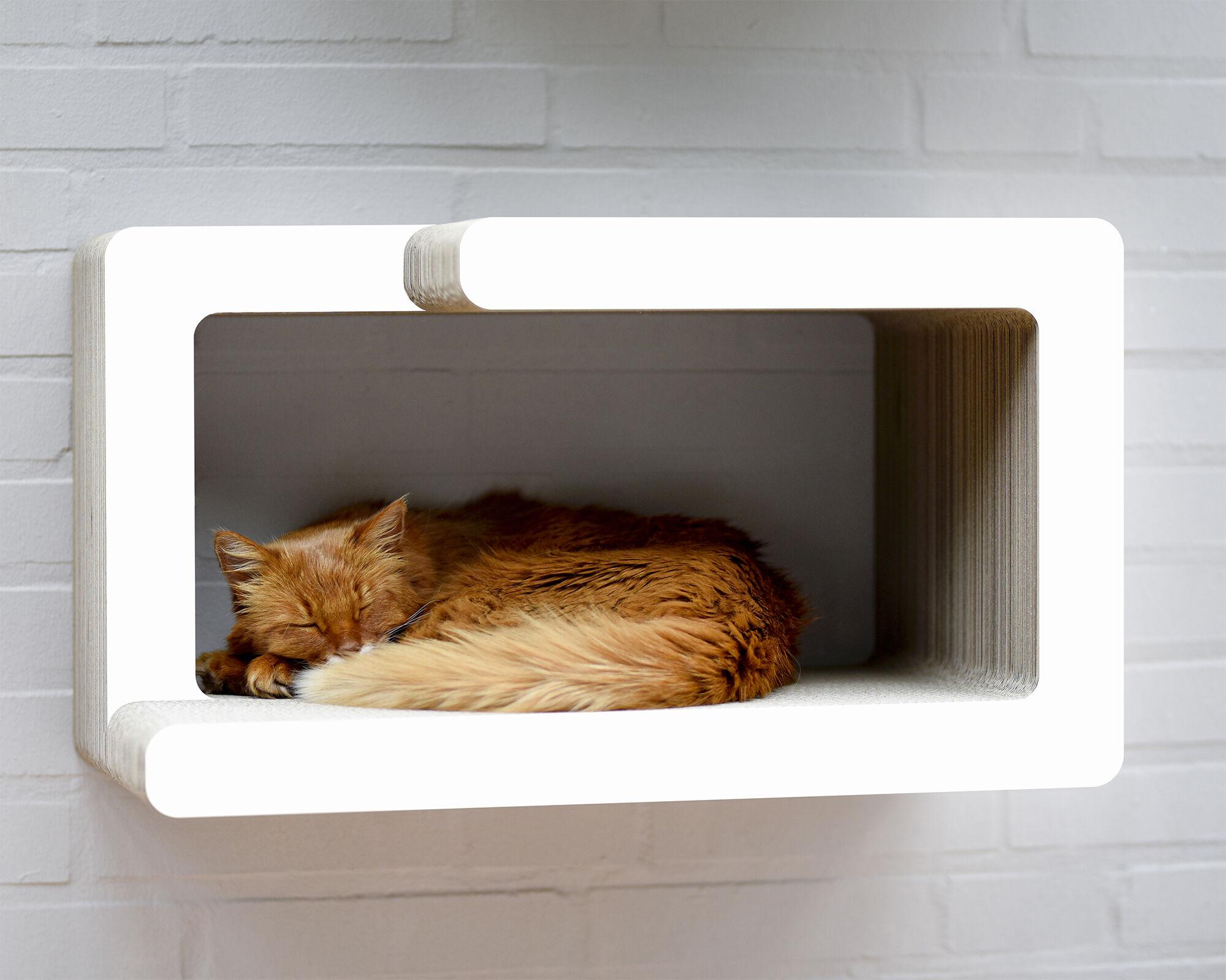 KIO HIDARI Katzen Wandkratzmöbel weiß