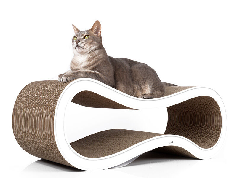 Singha L design cat scratcher